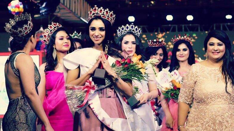 Pooja Desai from Gujarat crowned as Mrs India 2019
